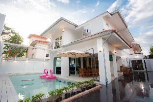 Modern 7BR pool villa with slider  -VVP15 วิลลา 7 ห้องนอน 6 ห้องน้ำส่วนตัว ขนาด 200 ตร.ม. – หาดจอมเทียน