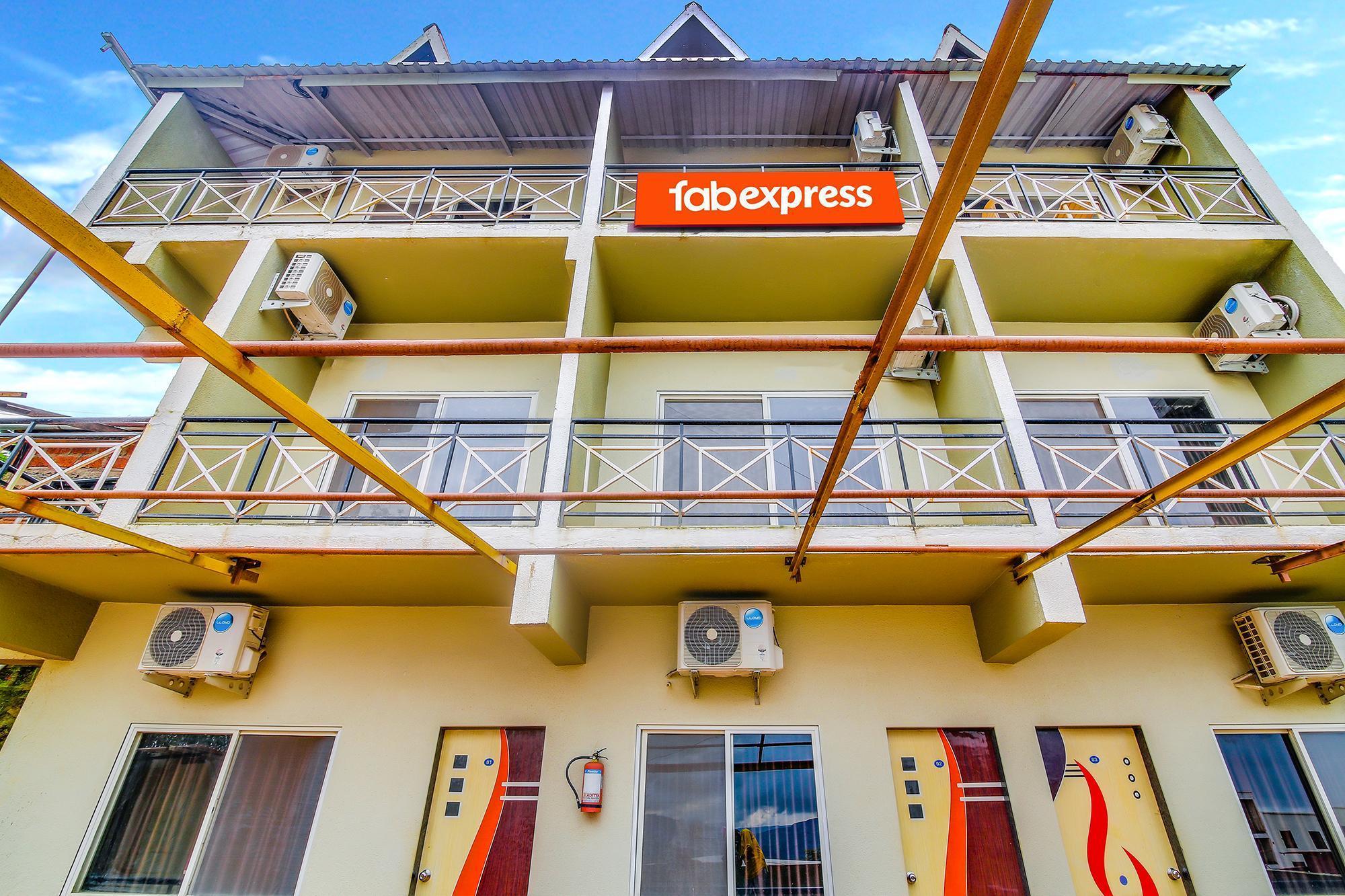 FabExpress S Ramada