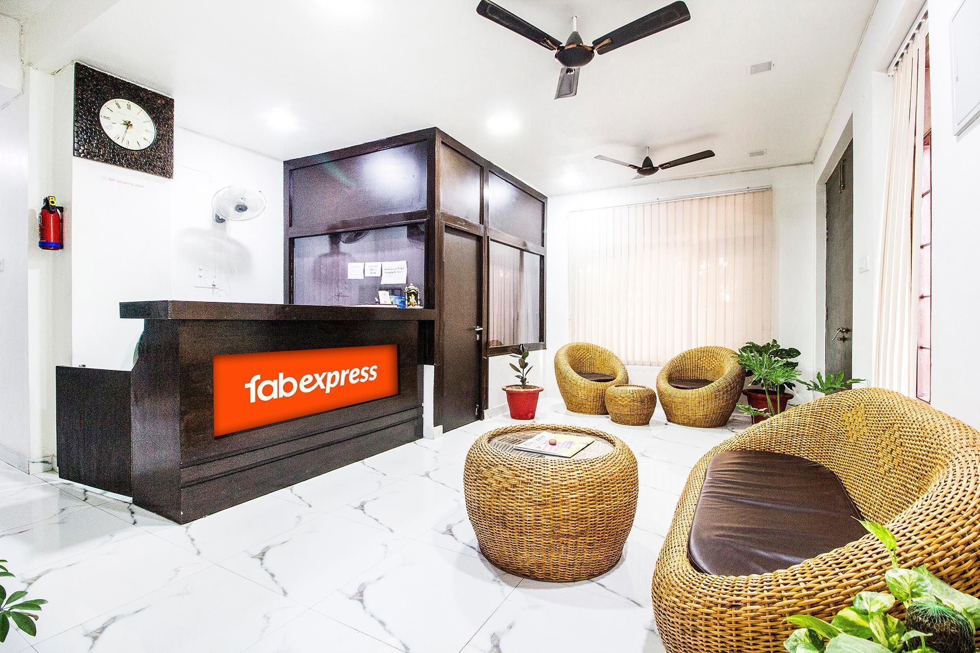 FabExpress Tranquil Inn