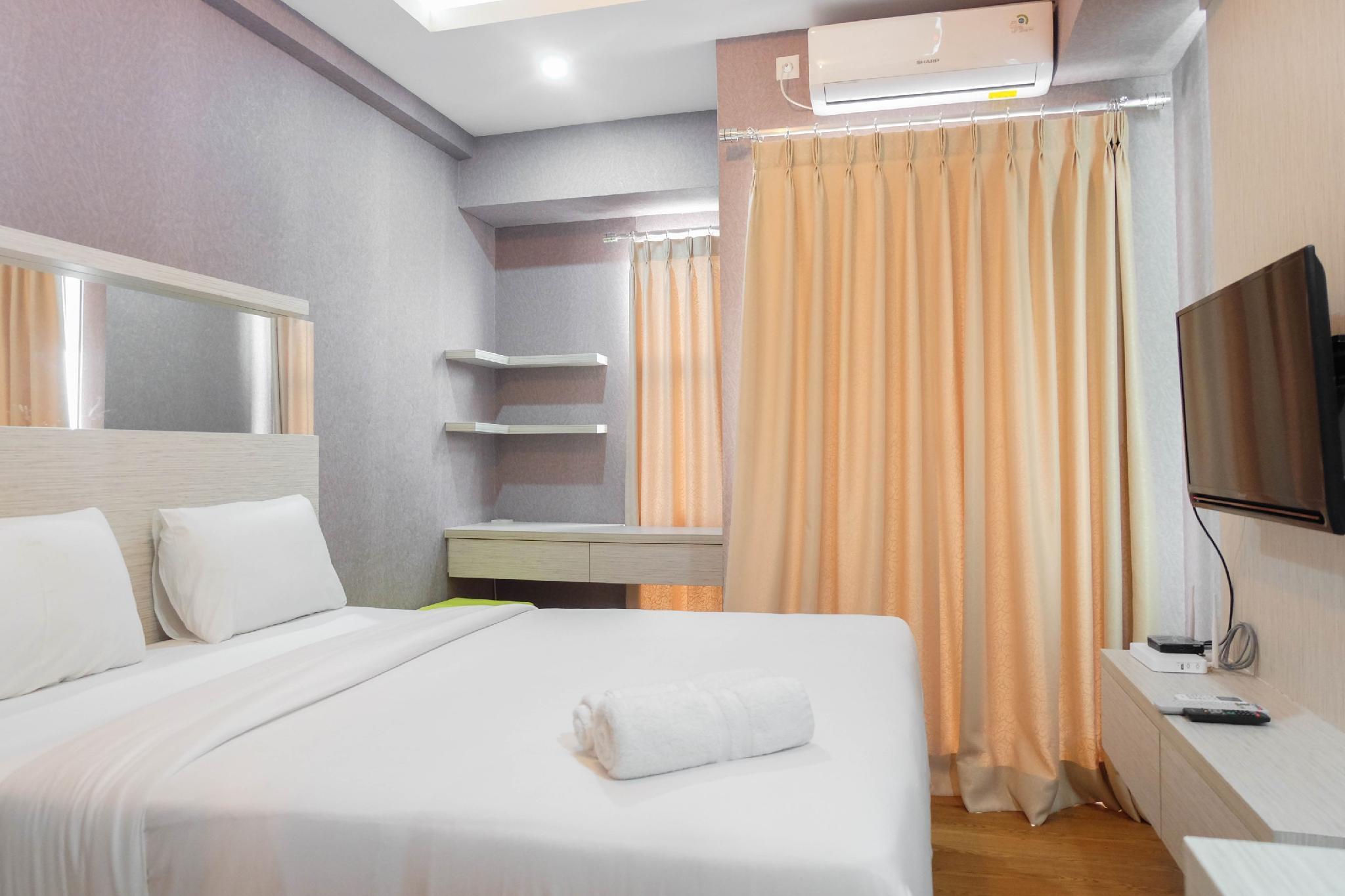 Comfy Studio Akasa Pure Living Apt By Travelio