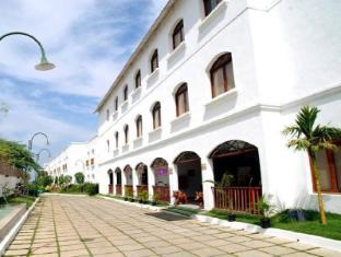 Citrus Lakeside Resort - Sriperumbudur