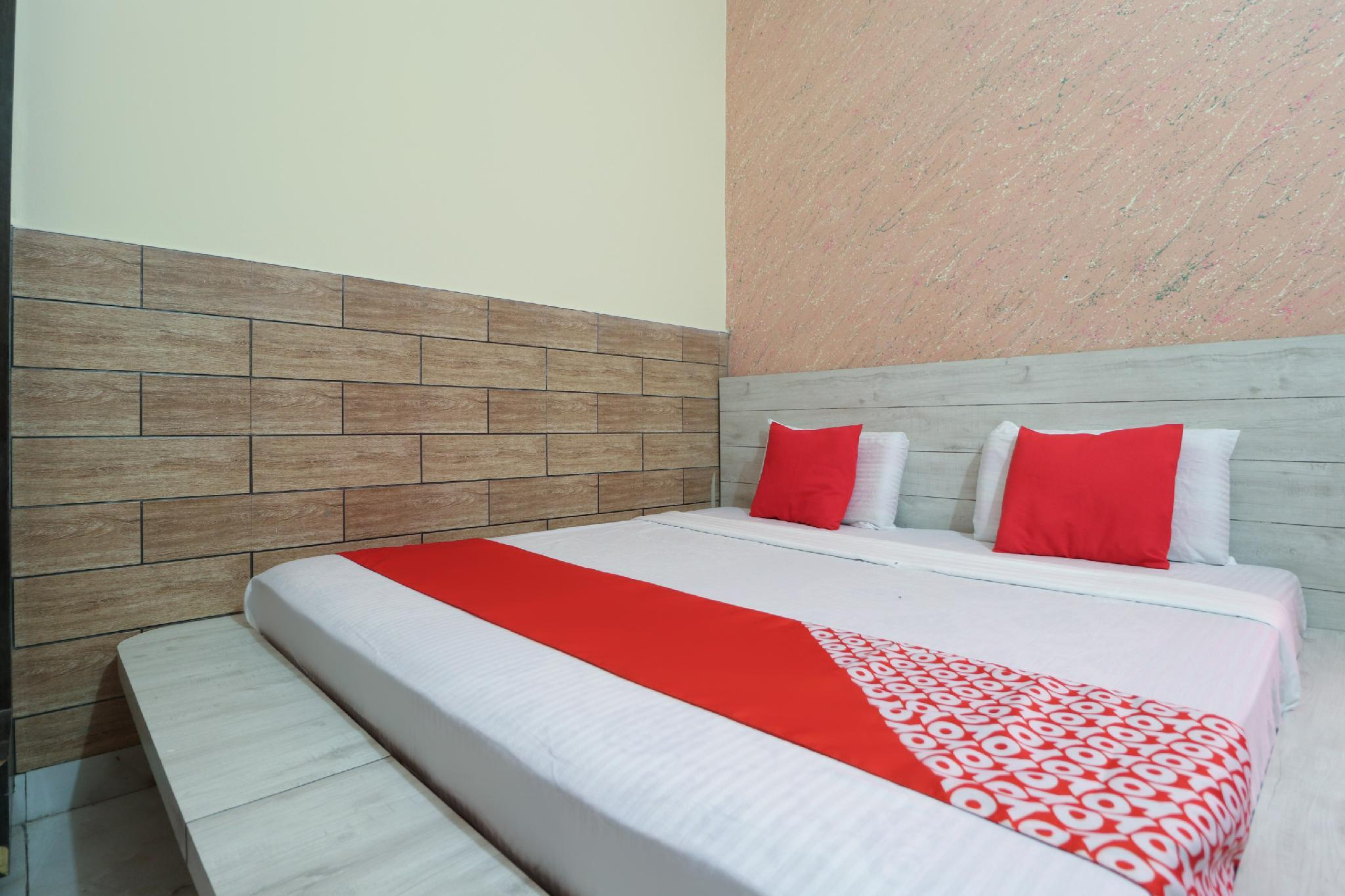 OYO 64579 Hotel Jannat
