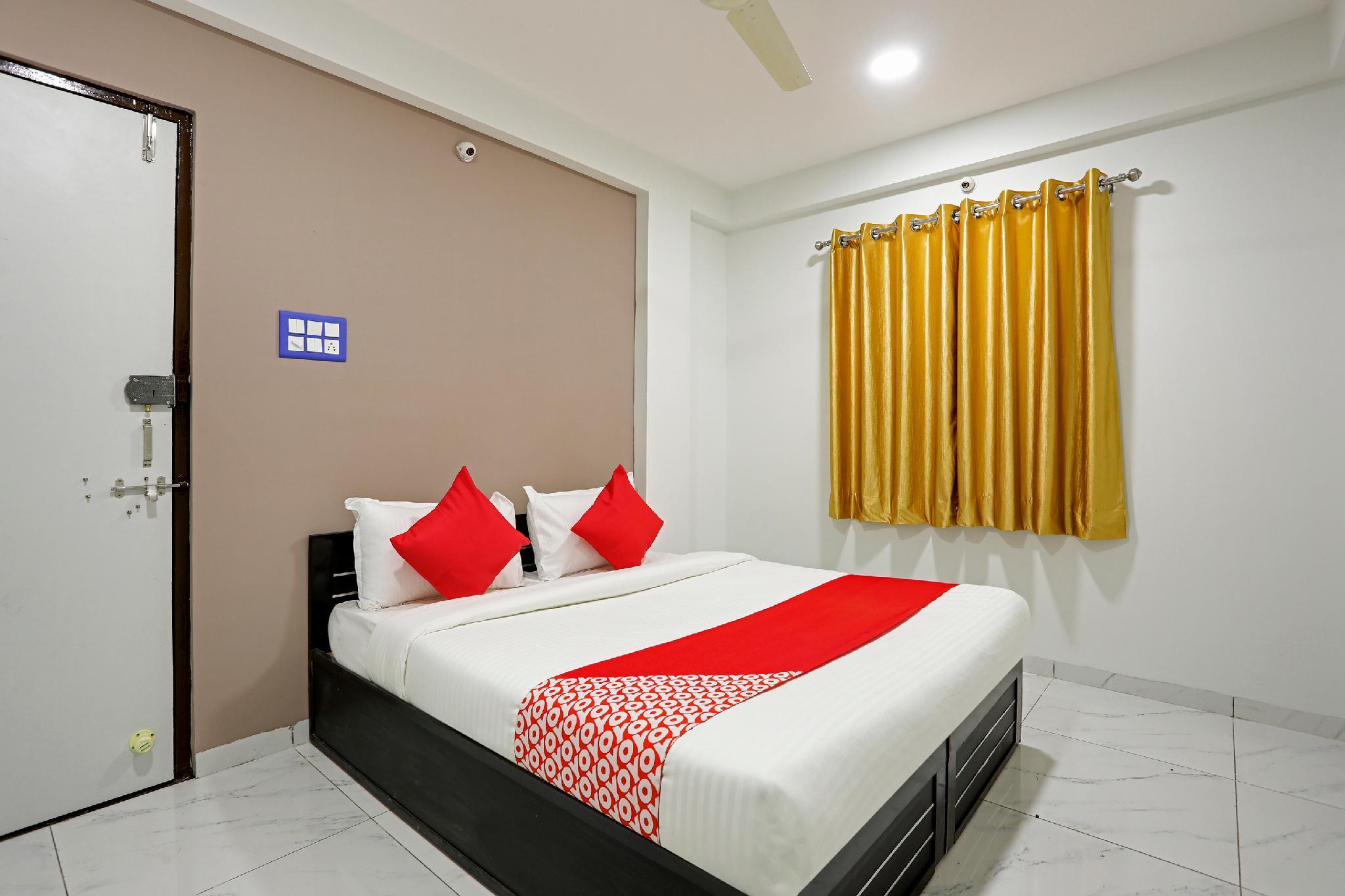 OYO 60240 Rama Palace