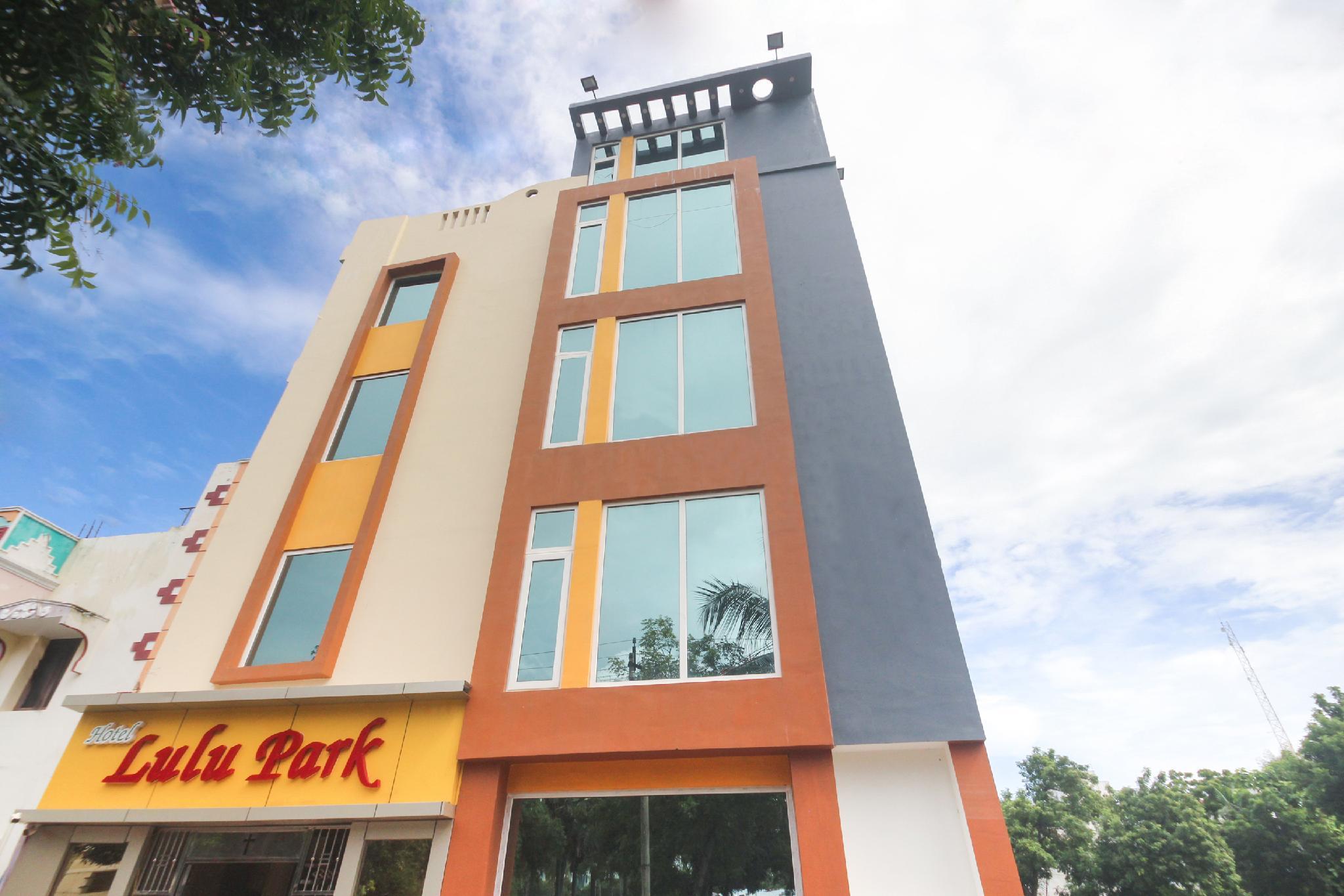 OYO 65260 Hotel Lulu Park