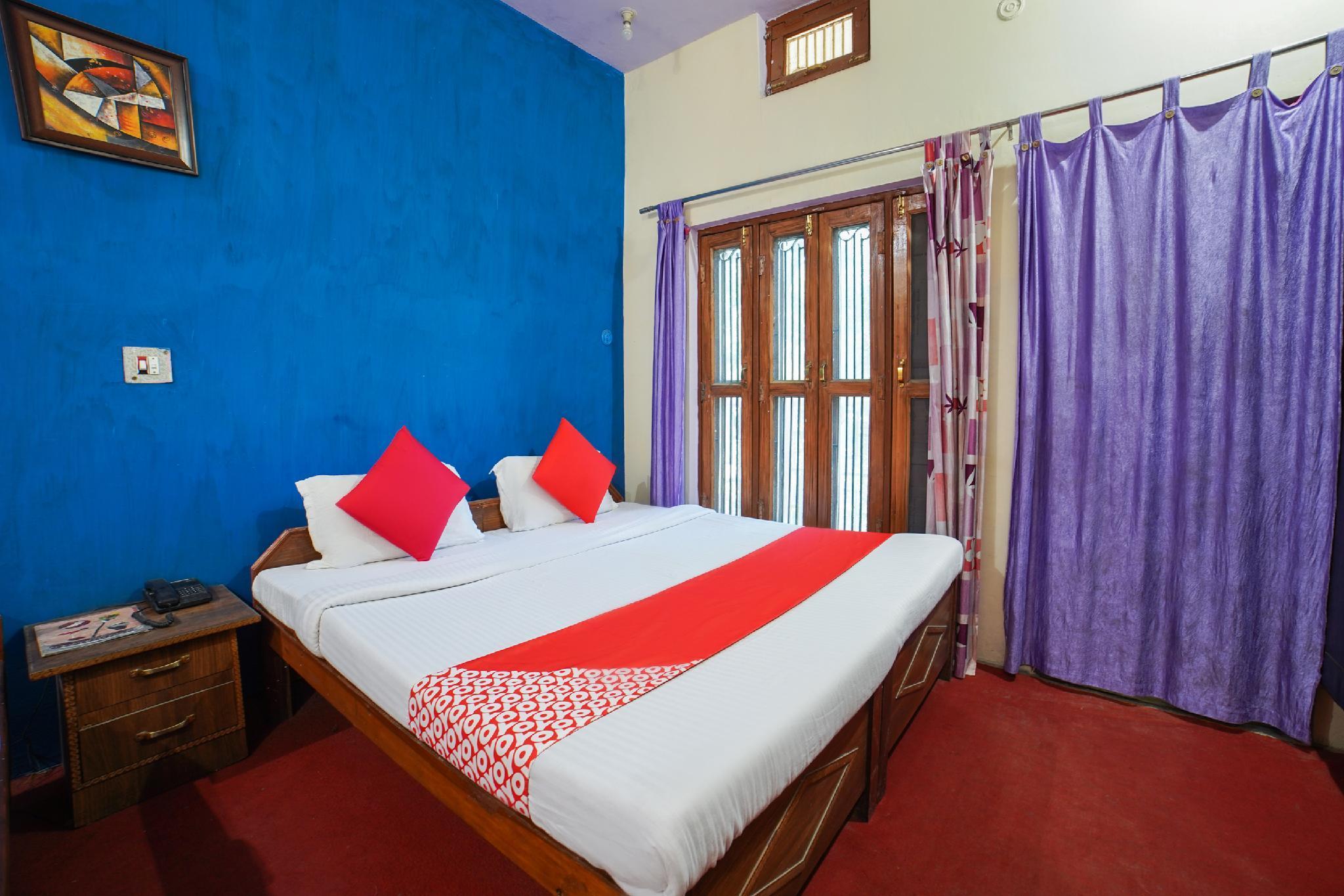 OYO 66761 Hotel Kedar Dev's