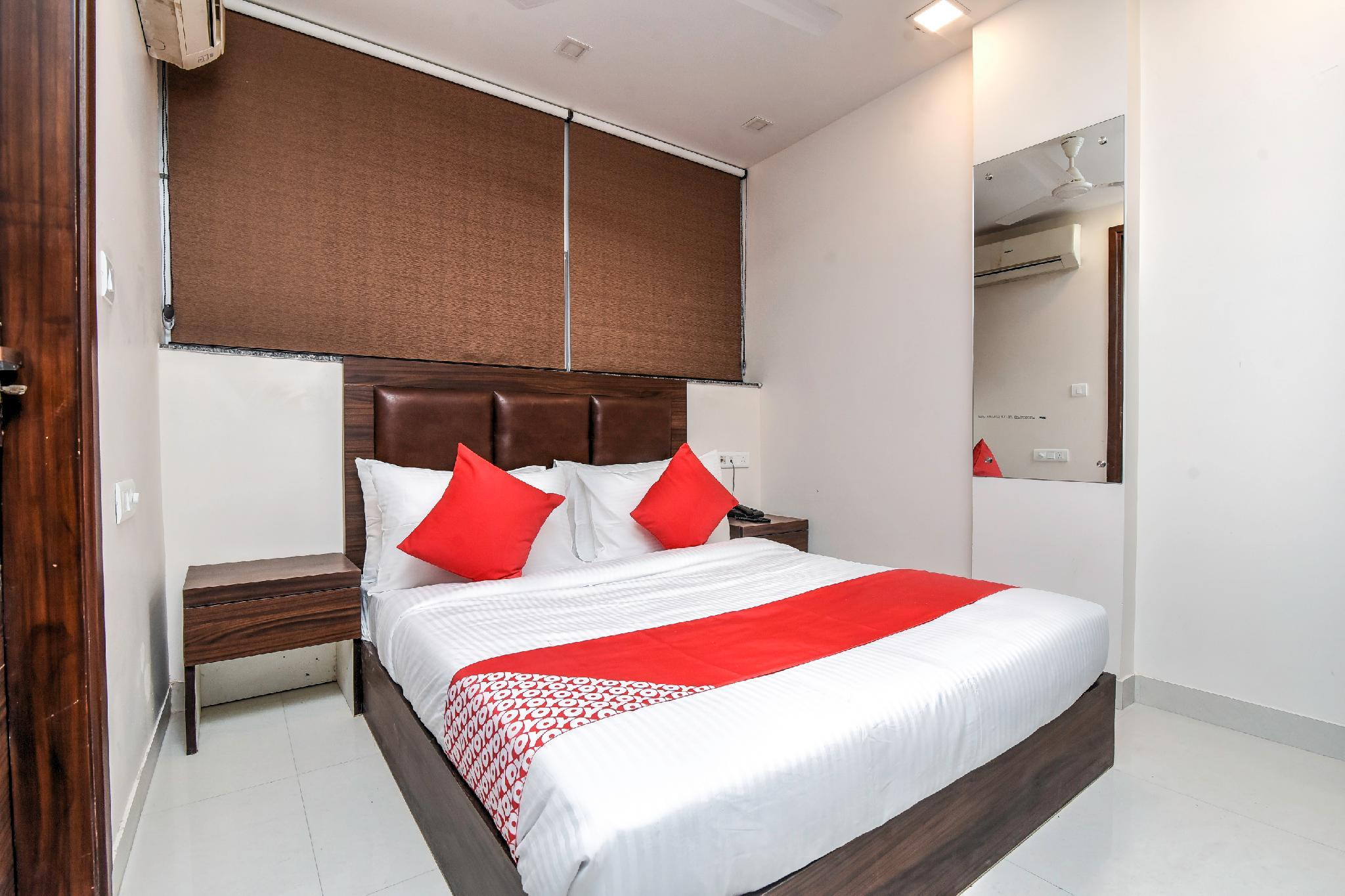 OYO Flagship 65637 Kuku Residency Medical College Thrissur
