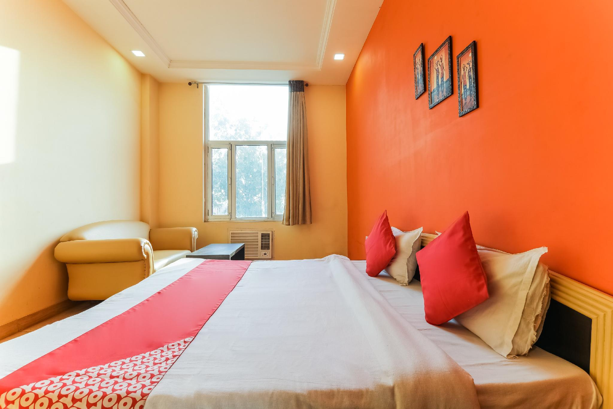 OYO 66267 Vinayak Resort Bahraich