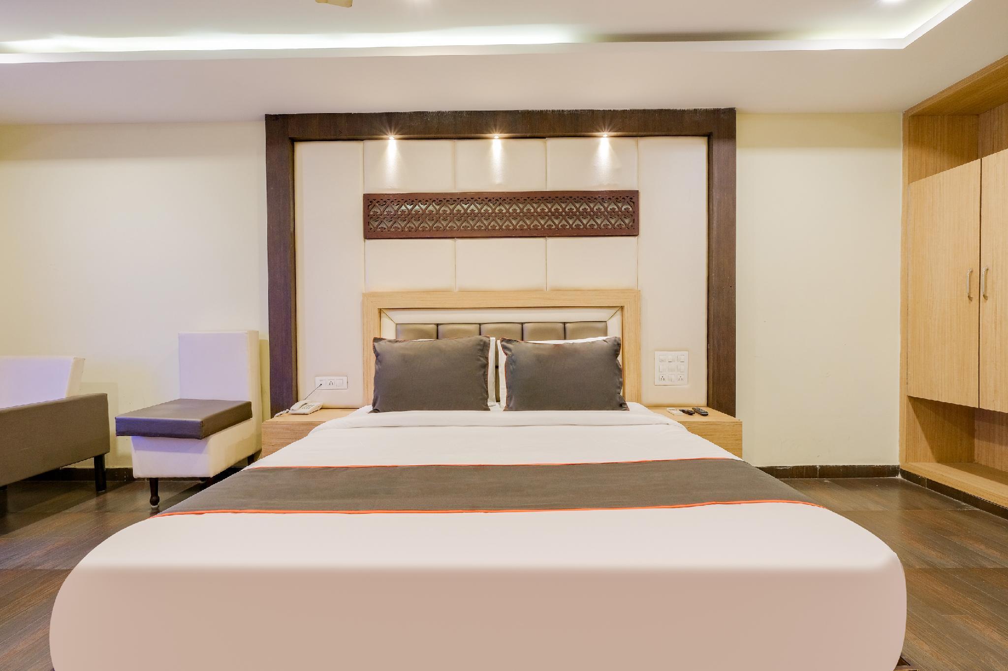 Collection O 50145 Keerthi's Anupama Kaleswararao Rd