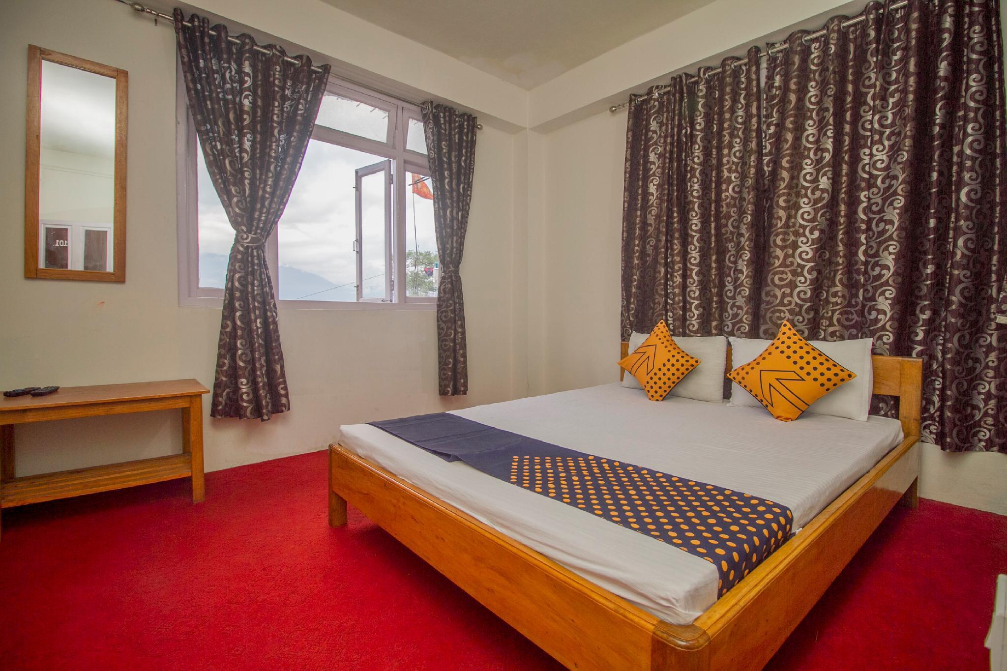 SPOT ON 66428 Gautam Hotel