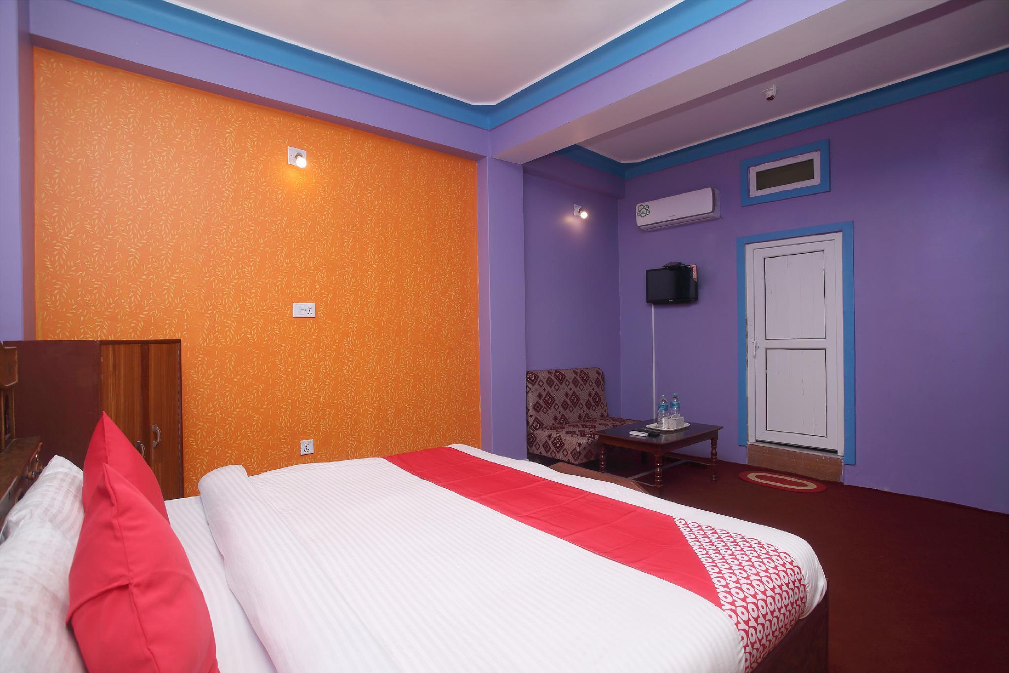OYO 712 Hotel Radison One And Lodge