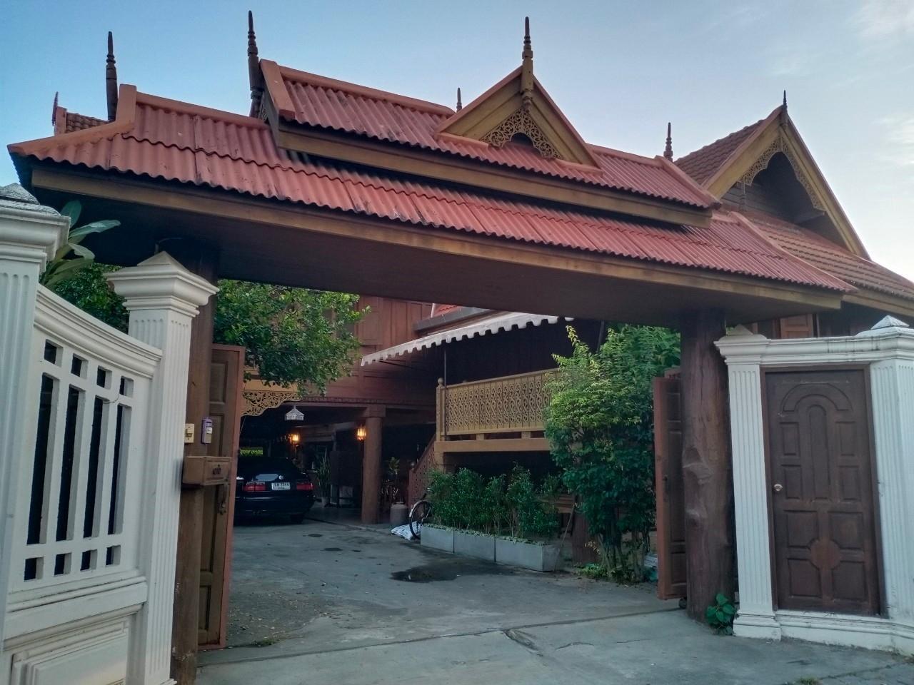 Chiangmai vintage home บ้านเดี่ยว 4 ห้องนอน 6 ห้องน้ำส่วนตัว ขนาด 250 ตร.ม. – ข้าวสาร