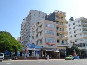 Hung Manh Hotel