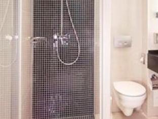 Hotel Alsterhof Berlin Берлин - Ванная комната