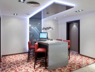 Crowne Plaza Berlin City Centre Nurnberger Hotel Berlin - Pusat Bisnis