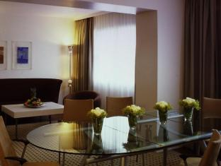 Crowne Plaza Berlin City Centre Nurnberger Hotel Berlin - Kamar Suite