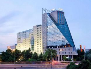 Estrel Hotel Berlim - Exterior do Hotel