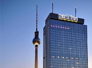 Park Inn by Radisson Berlin Alexanderplatz Berliini