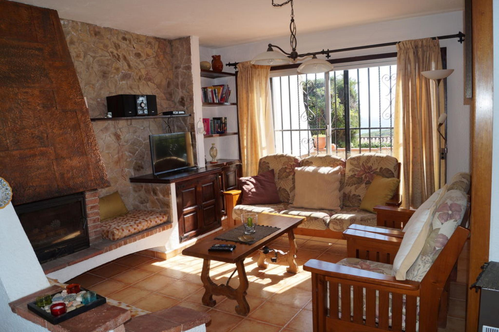 107527   House In Cala Canyelles