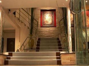 Grand Pinnacle Hotel Bangkok - Entrance
