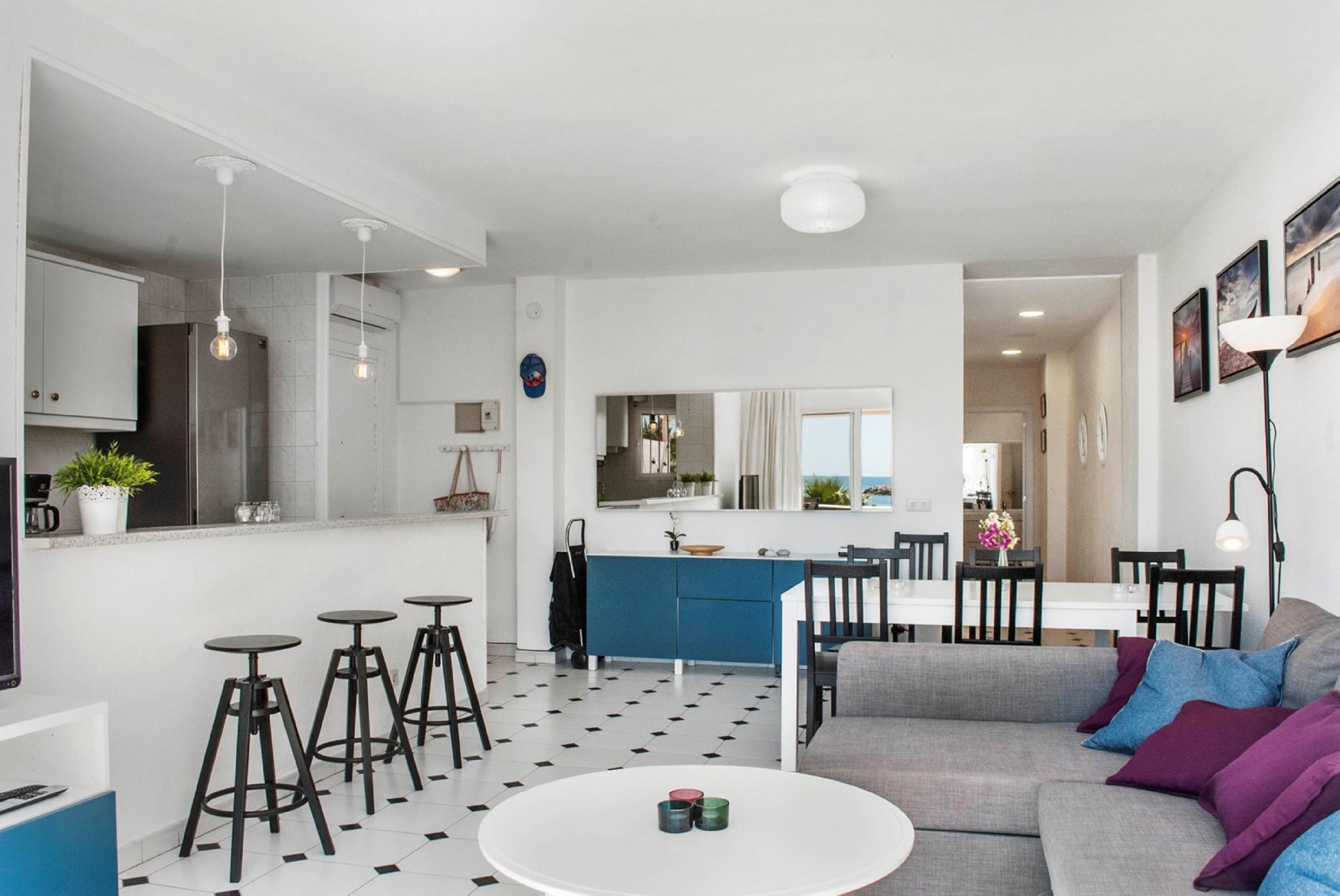 107337   Apartment In Benalm�dena
