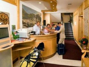 /sl-si/hotel-drei-kreuz/hotel/salzburg-at.html?asq=vrkGgIUsL%2bbahMd1T3QaFc8vtOD6pz9C2Mlrix6aGww%3d