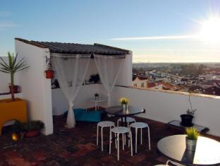 Evora Terrace Hostel