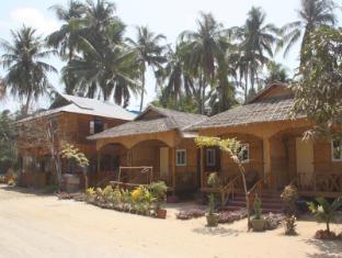 /sv-se/soe-ko-ko-beach-house-restaurant/hotel/ngwesaung-beach-mm.html?asq=vrkGgIUsL%2bbahMd1T3QaFc8vtOD6pz9C2Mlrix6aGww%3d
