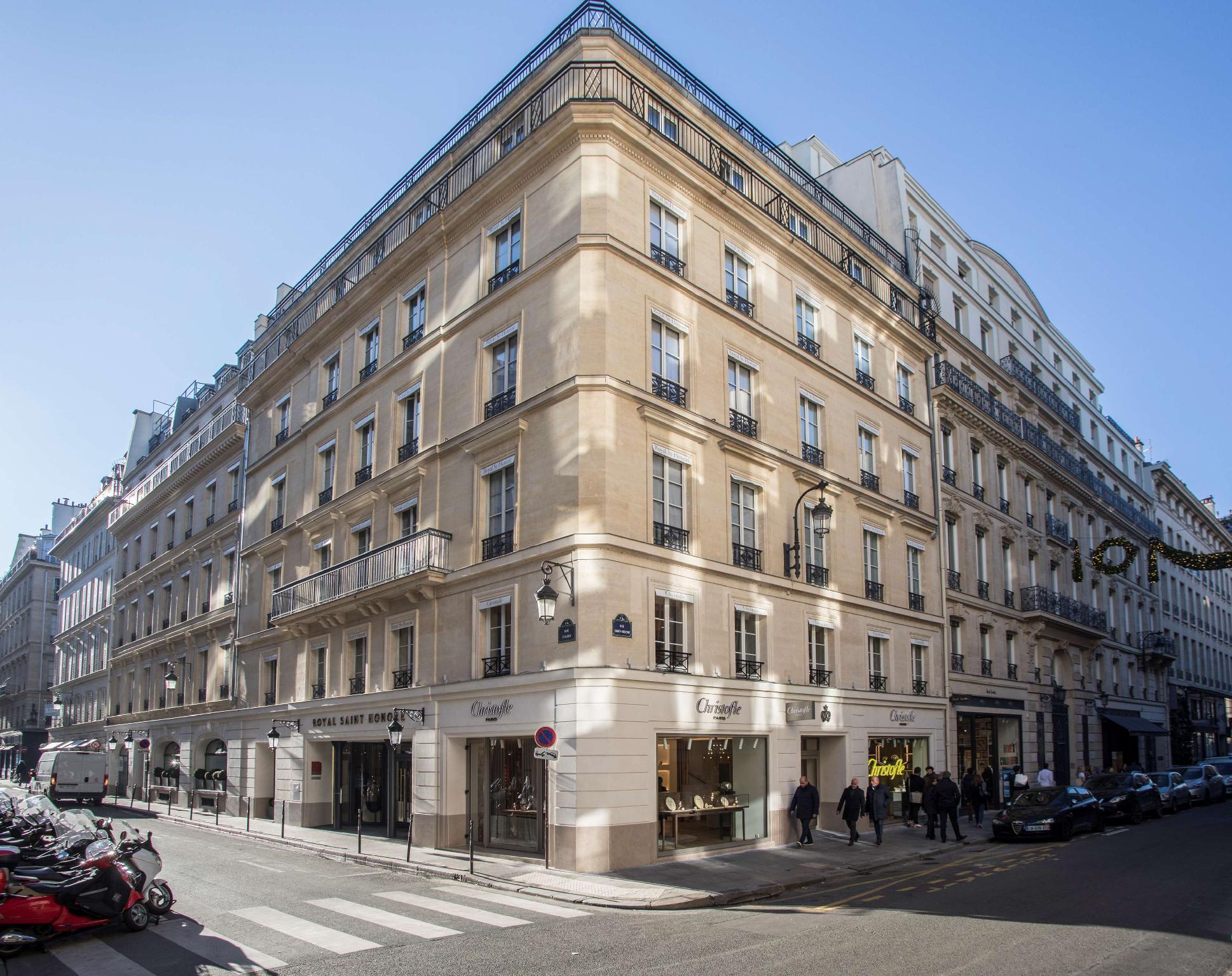 Royal Saint Honore Hotel