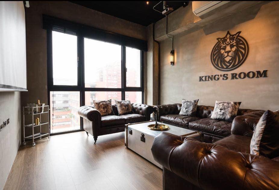 King's Room Loft House