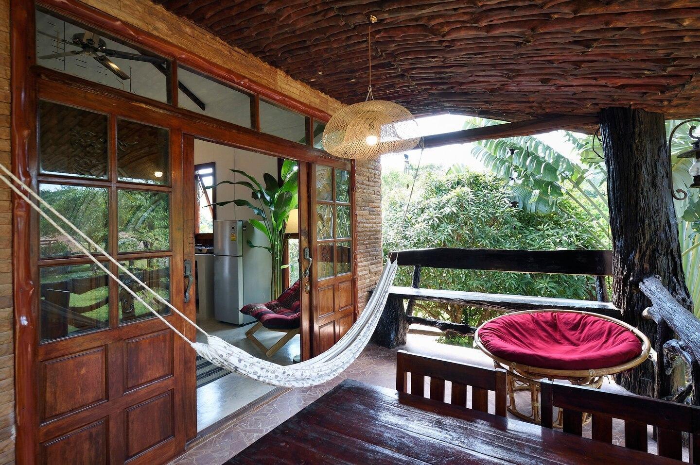 Mountain House - Chalet in nature close to beach บ้านเดี่ยว 2 ห้องนอน 2 ห้องน้ำส่วนตัว ขนาด 120 ตร.ม. – บ้านคลองโขง