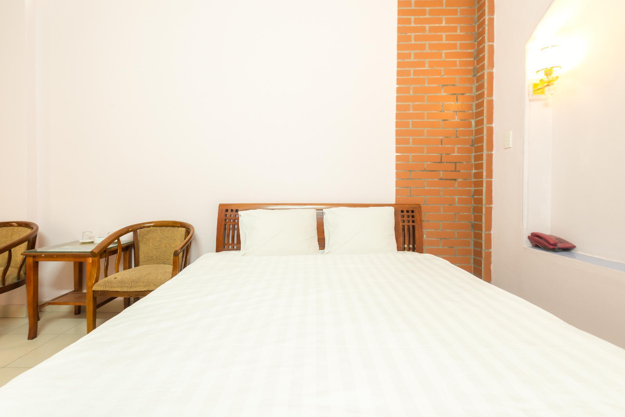SPOT ON 738 Hoa Quyen Guesthouse