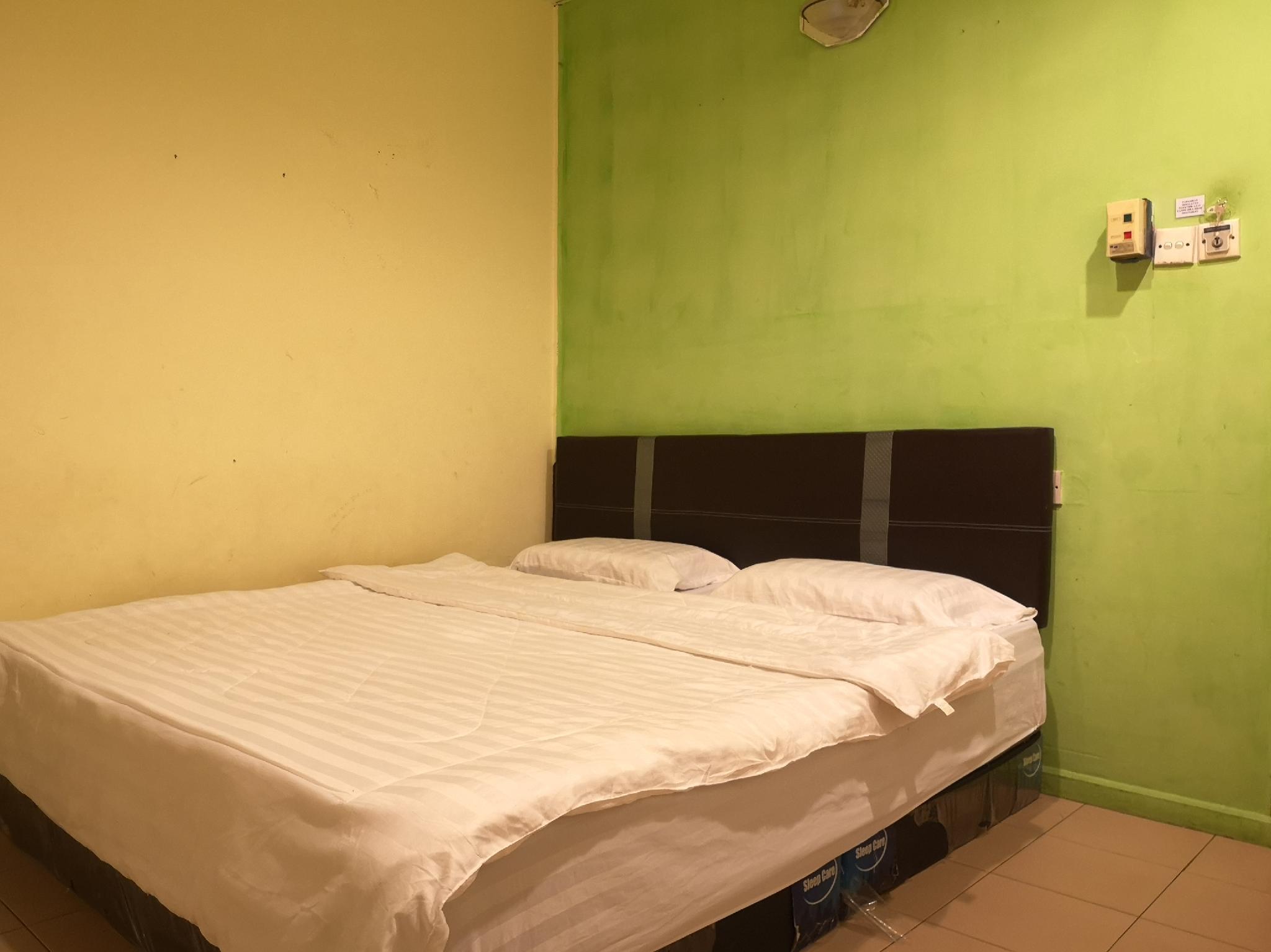SPOT ON 89733 Sandakan Greenview Hotel