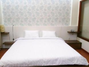 Blossom Hotel