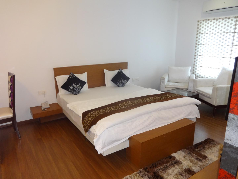 Price HIY Rooms at Peelamedu