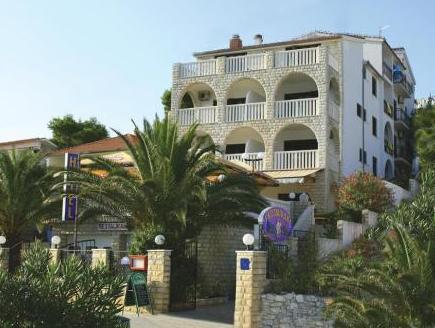 Hotel Vila Tina