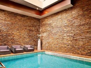 Park Plaza Victoria Amsterdam Hotel Amsterdam - Swimming Pool