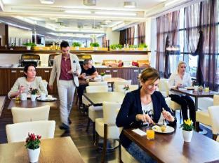 Iris Hotel Eden Prague - Breakfast