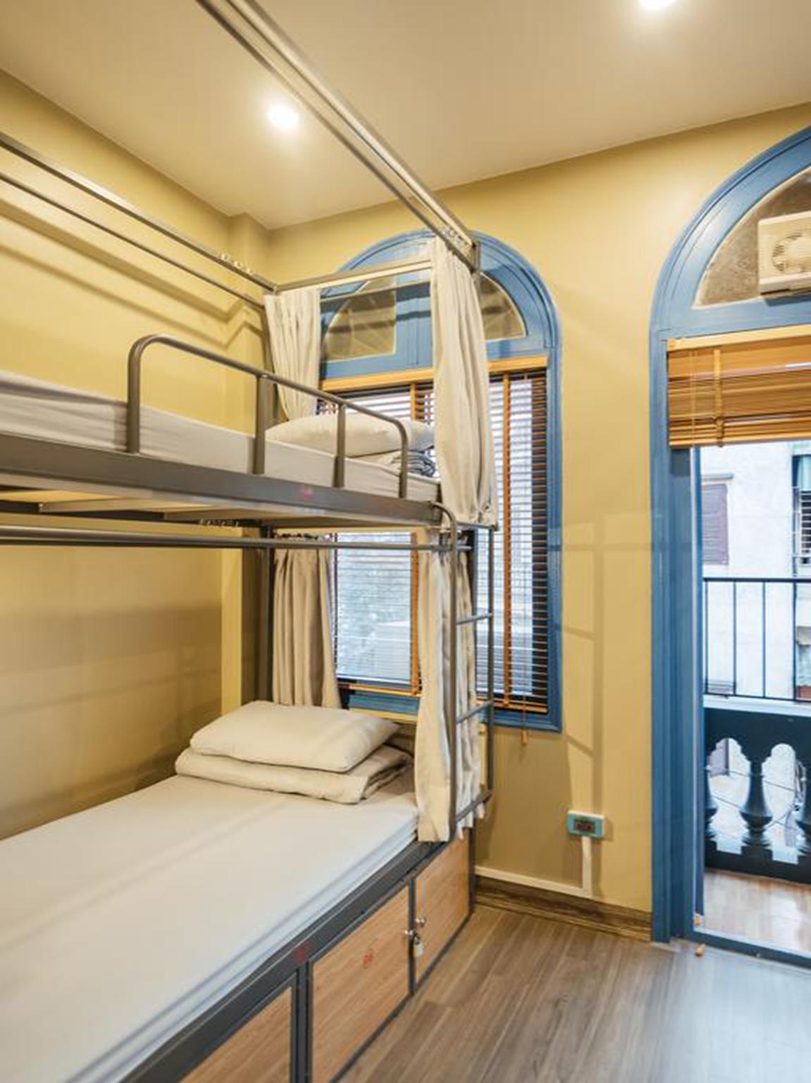 OYO 733 Prague Hostel