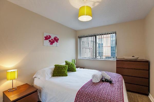 South Row Serviced Apartments - Shortstay MK Milton Keynes