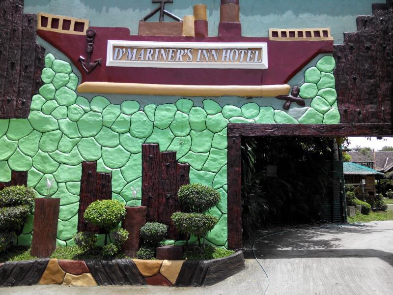 D Mariners Inn