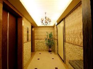 Goldenhome Hotel