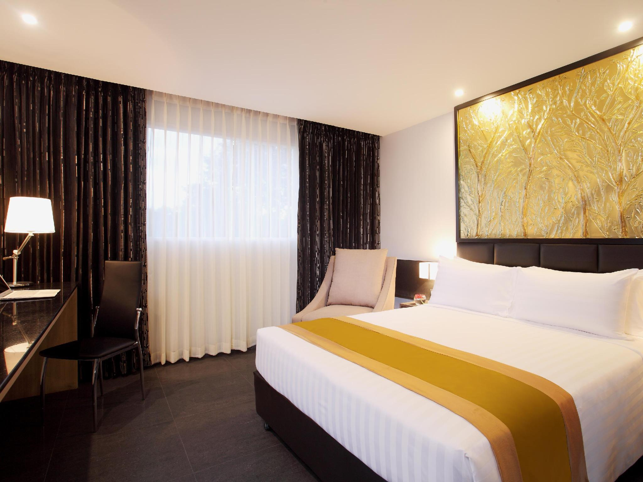 Nova Express Pattaya Hotel โรงแรมโนวา เอ็กซ์เพรส พัทยา