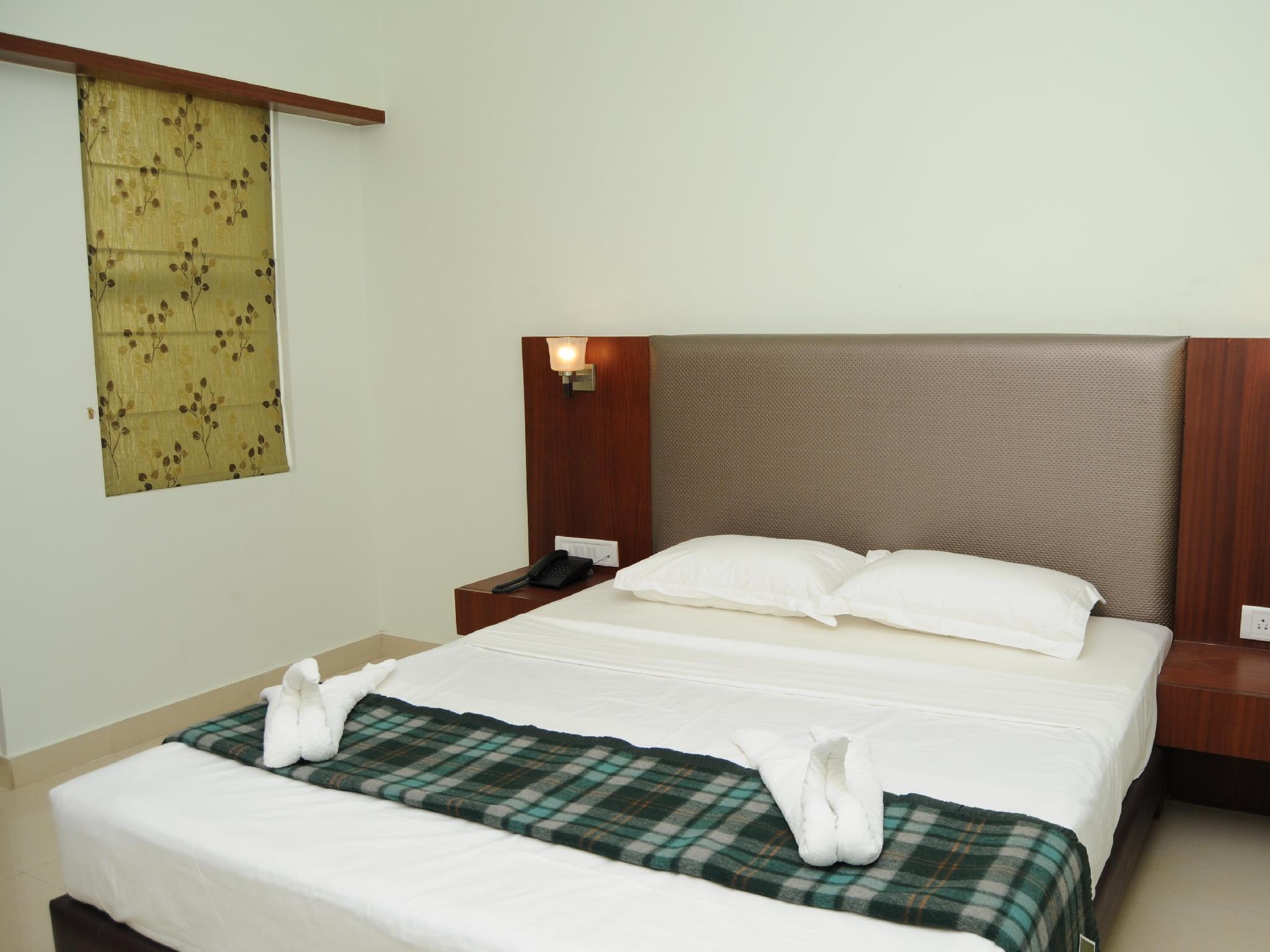 Price Hotel Seasons