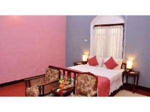 Vista Rooms at Mclver Villa