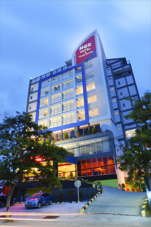 Her Hotel And Trade Center Balikpapan