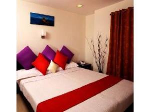 Vista Rooms @ Thevara Road