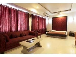 Vista Rooms @ Mount Road