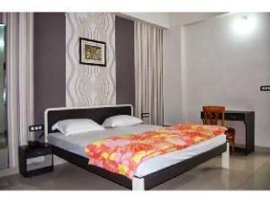 Vista Rooms @ Fateh Sagar Lake
