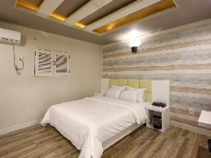 W Motel Juan