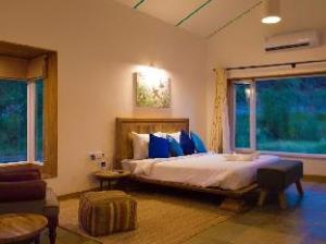 Trees N Tigers Sariska Hotel